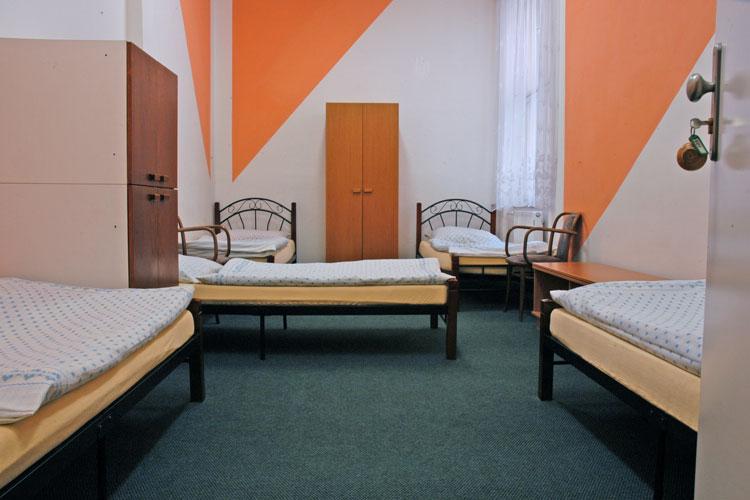 Chambre auberge EVG à Prague